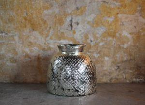 Sawaya glass vase
