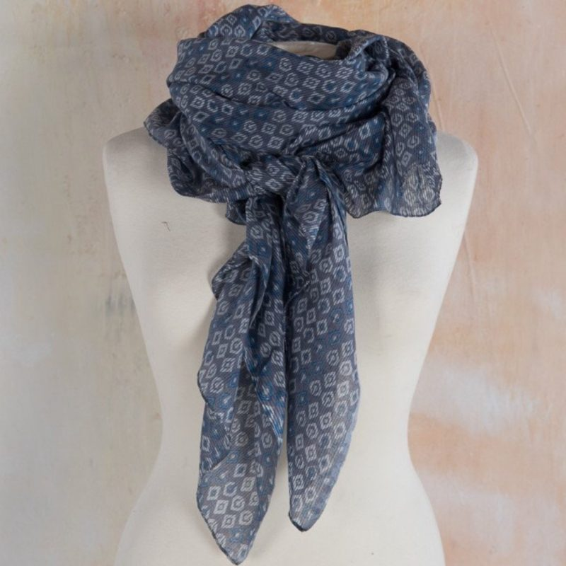 078e9bf9048 Diamond Print Viscose Scarf